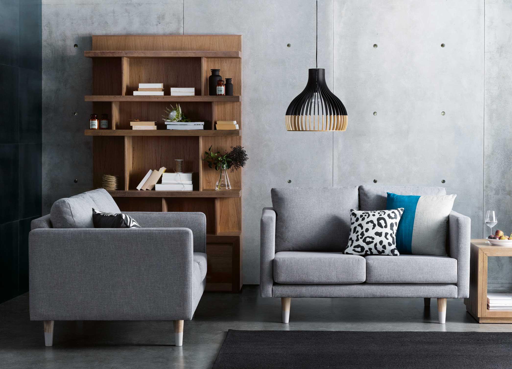 Tag_Sofa